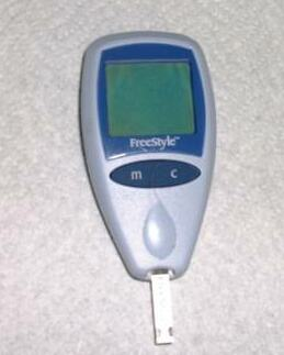 diabetic check up machine